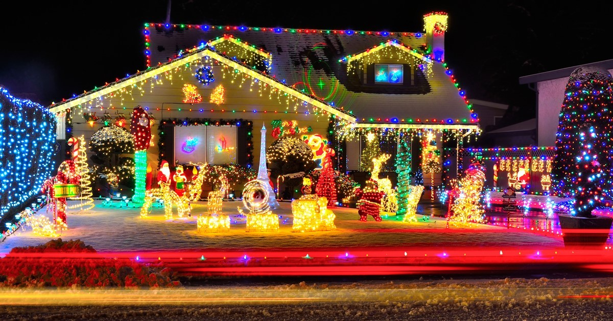 See the lights | 7 Holiday Activities to Enjoy with Grandma or Gramps
